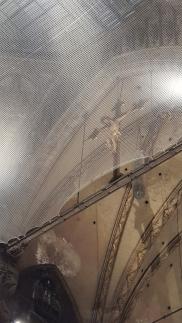 Statue of Jesus in Duomo di Milano.