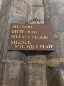 Keep quiet sign.