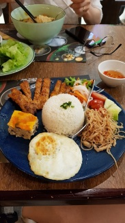 Grilled pork with rice platter.
