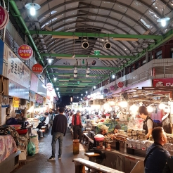 Kwangjang Market. Seoul, Korea. Food stalls late at night.