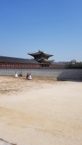 And the entrance to Gyeongbokgung Palace.